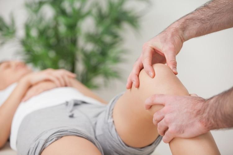 Kneproblemer - Vondt i kne - Kropp og Helseklinikken, Gjøvik