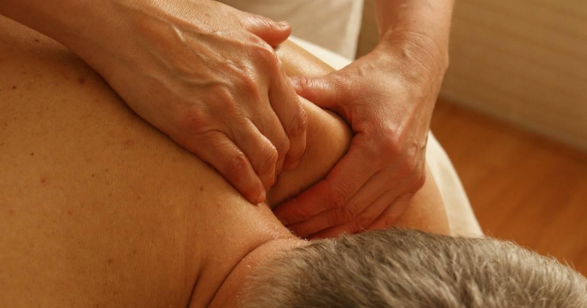 Massasjebehandling - Kropp og Helseklinikken