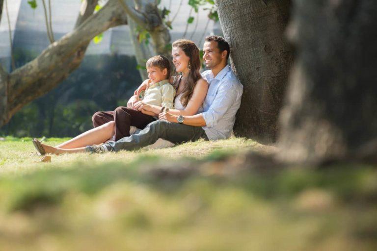 Familie i parken - Kropp og Helseklinikken Gjøvik