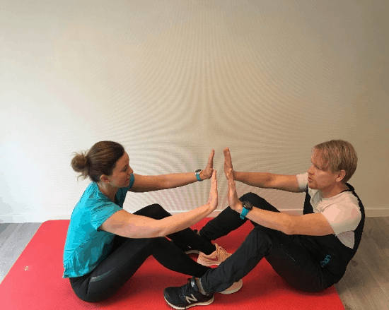 Sit-ups med klapp - Kropp og Helseklinikken