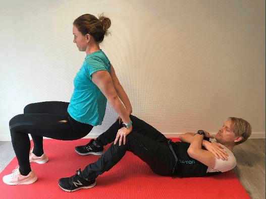 Dips og sit-ups - Kropp og Helseklinikken